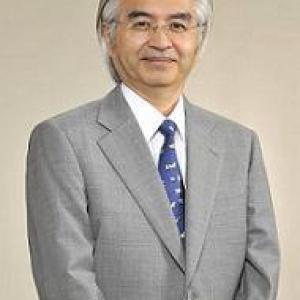 長谷川秀夫